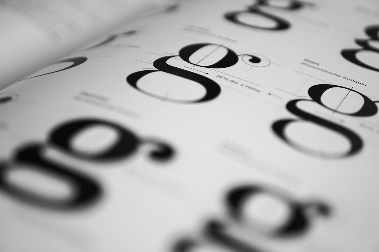 Jak stworzyć efektywną hierarchię typografii