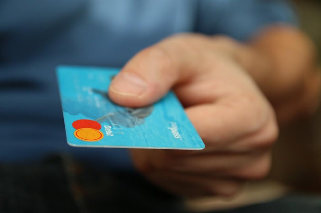7 zwyczajów, które pomogą ci osiągnąć dobrobyt finansowy