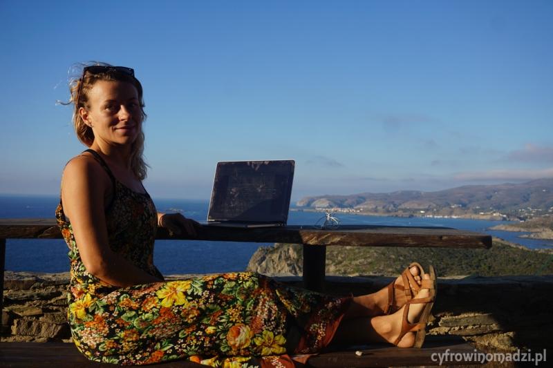 Praca zdalna w podróży według Cyfrowych Nomadów