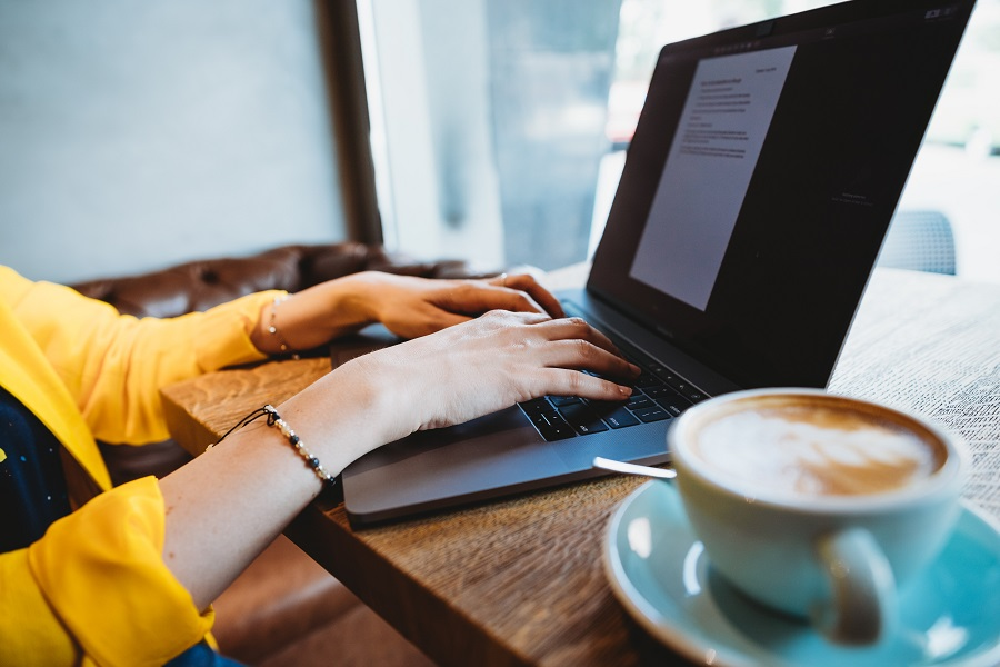 Jak zdobywać zlecenia pracy zdalnej dzięki portfolio