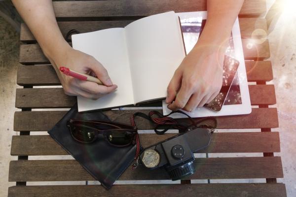 Praca zdalna dla copywriterów, pisanie tekstów zdalne na aplikacjach