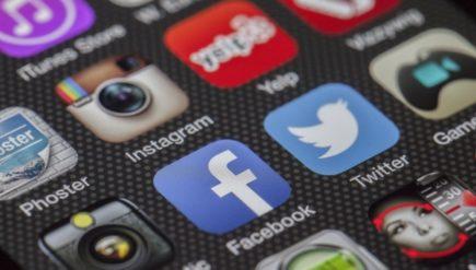 Zlecenia w mediach społecznościowych dla freelancerów