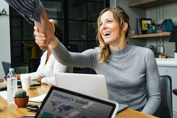 Freelancer: zdobywanie nowych klientów i bezpiczeństwo finansowe