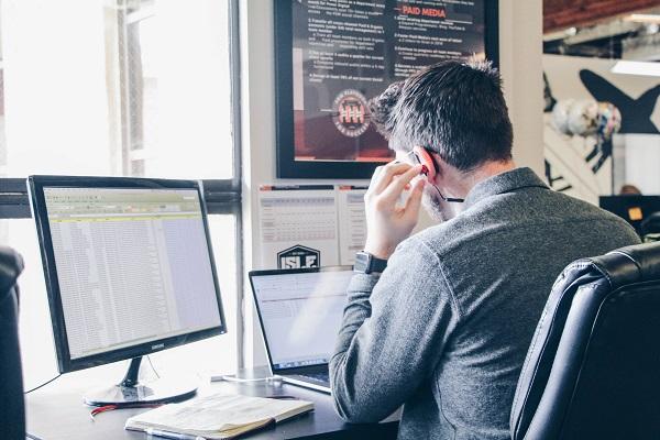 Praca zdalna i freelancerzy