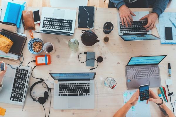 Praca zdalna: zniżki na narzędzia dla freelancerów i firm na home office