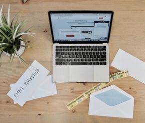 Jak zdobyć nowych użytkowników: mailing, newsletter, subskrypcja